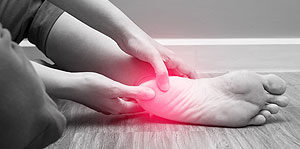 heel pain with red spot